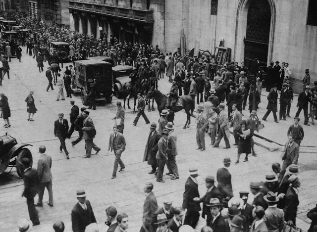 an introduction to the history of the stock market crash of 1929 in the united states