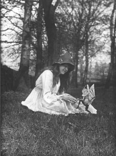 real pics of fairies. of the Cottingley Fairy